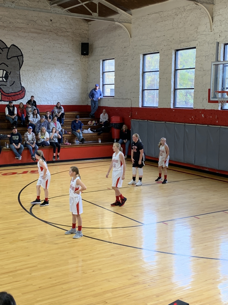 Little post season action for our Lady Greyhounds! Keep working hard ladies! Proud of you all for the extra time you put in!