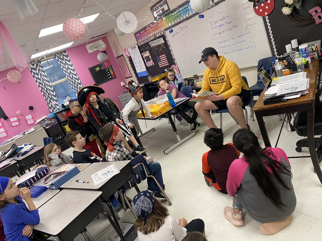 Tate Cantrell captures 3rd grader's attention during Dr. Suess week.